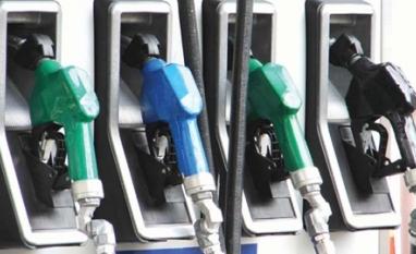 Preços dos combustíveis caem nos postos; gasolina tem menor valor em mais de 20 meses