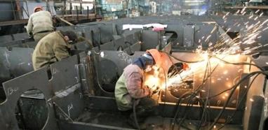 Faturamento da indústria volta a crescer em maio, aponta CNI
