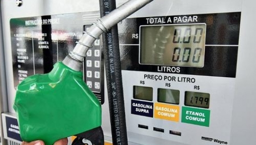 Etanol - Uso na frota das sucroalcooleiras pode substituir cerca de 3 milhões de litros de diesel no Brasil