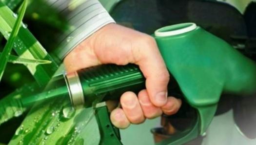 Centro-Sul foca em etanol, produzirá 17% menos açúcar em 18/19
