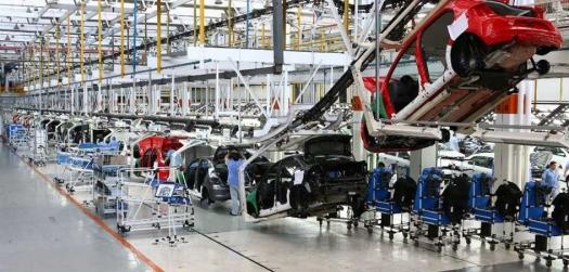 Emprego na indústria tem melhor saldo para o quadrimestre desde 2011