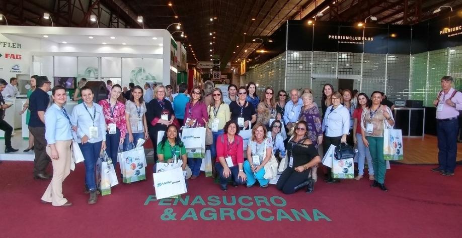 Biocombustíveis levam grupo de mulheres para troca de informações na 26ª FENASUCRO & AGROCANA (Divulgação)