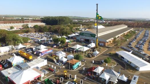 Compradores mundiais buscam tecnologias brasileiras sucroenergéticas em rodadas de negócios durante a FENASUCRO & AGROCANA