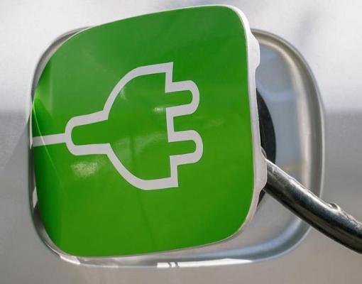 Elétrico ainda é caro e Brasil pode melhorar motor flex como alternativa
