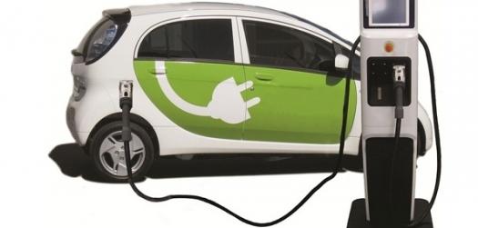 Mercado de carros elétricos na Europa deve triplicar até 2025