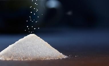 Déficit mundial de oferta e clima no Brasil impulsionam rali de 6 meses no açúcar