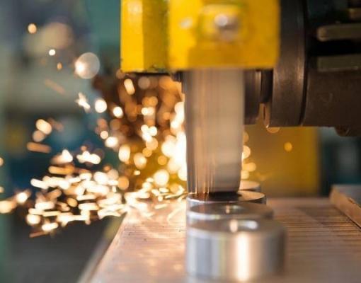 Confiança da indústria no Brasil deve mostrar forte recuperação em junho, diz FGV