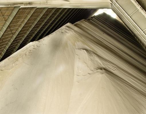 Cresce demanda por armazém temporário de açúcar