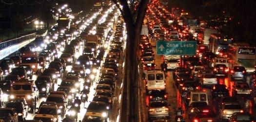 Etanol em carros evitou 515 milhões de toneladas de gases, diz presidente da Unica