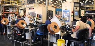 Indústria cresce 2,6% de agosto para setembro, diz IBGE